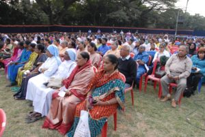 3-gathering-of-people