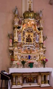 altar_Mother-of-Perpetual-Help_chicag